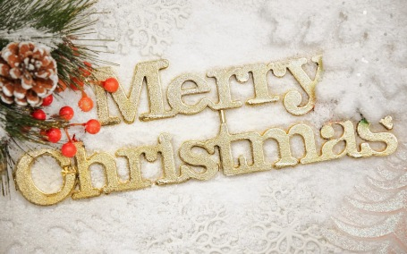merry-Christmas-wallpapers-free-download-for-sending-wishes-to-friends